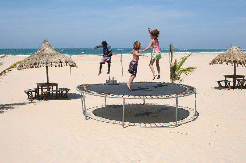 25 Whacky Trampoline Game