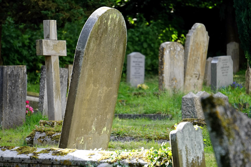 Ghosts In The Graveyard Game